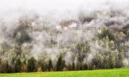 Schloss Steyersberg im Nebel