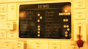 Im Eisladen...