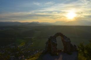 Abendstimmung über den Wiener Alpen